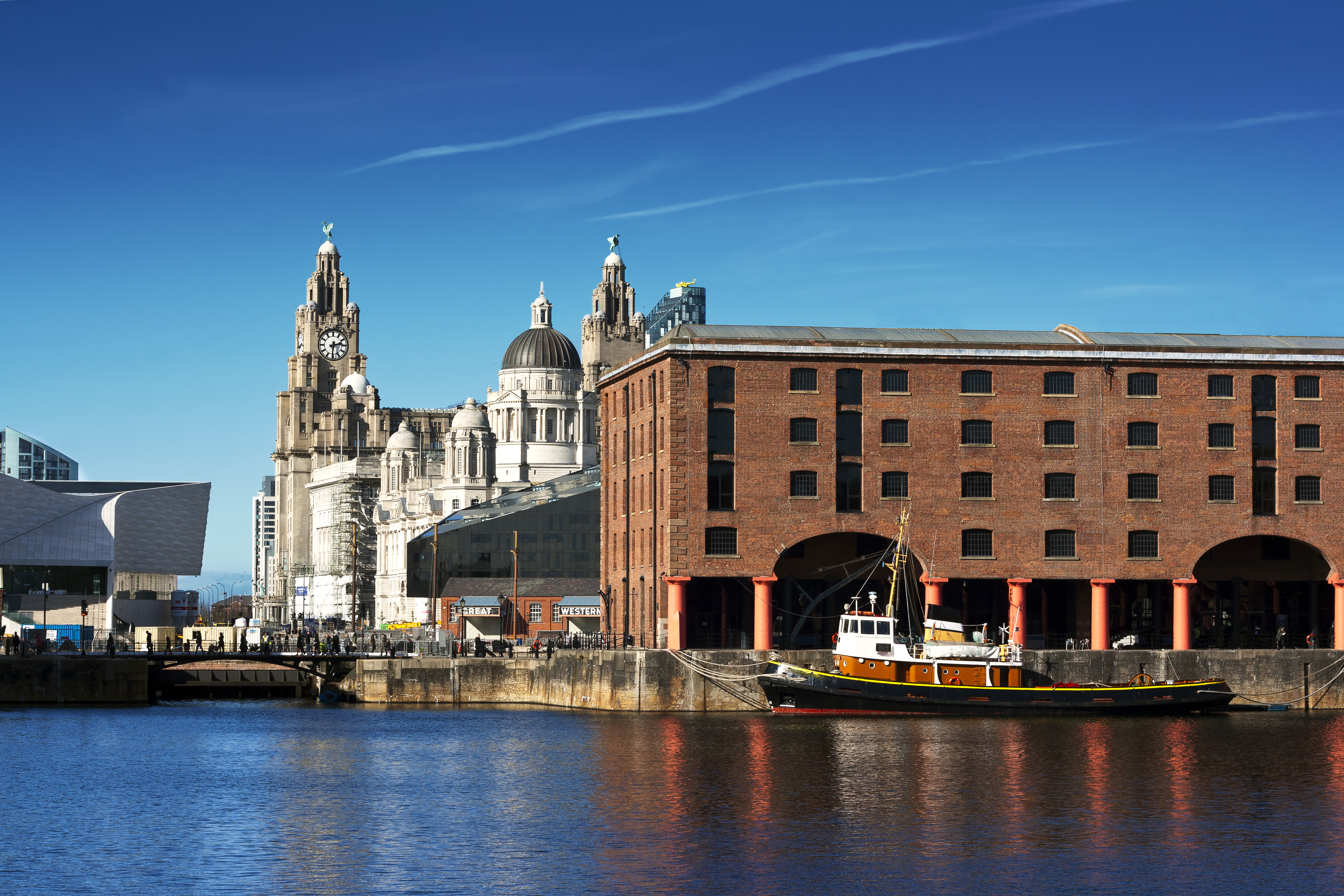View of Tate Liverpool and waterfront